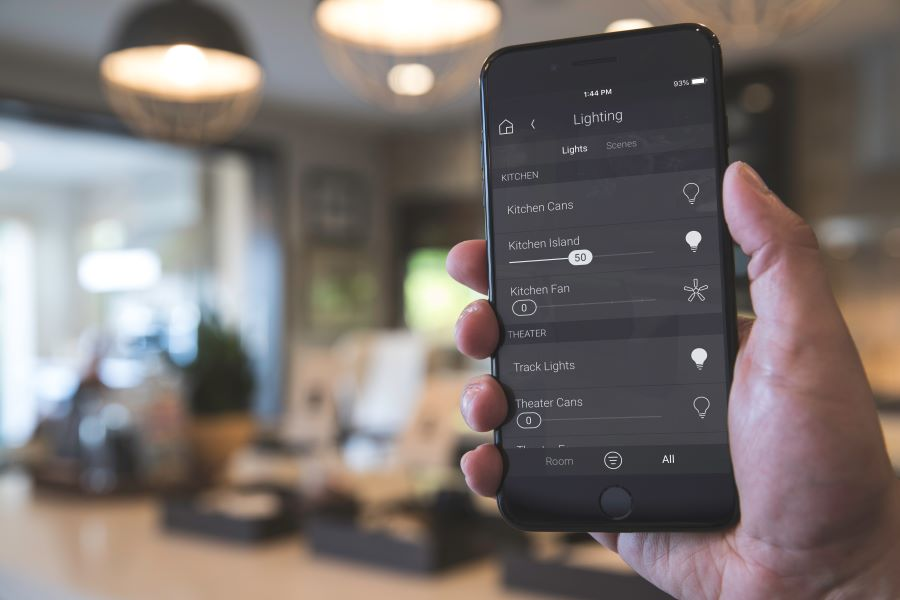 How to Save on Utility Expenses with Home Lighting Control